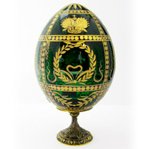 Round CROWN GREEN Crystal Egg