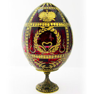 Round CROWN RED Crystal Egg