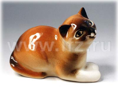 Tan Kitten with a Ball Figurine