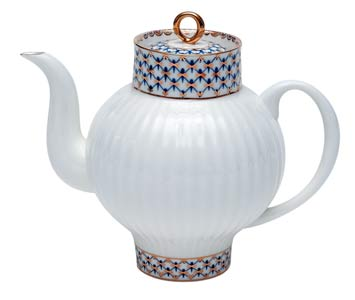 Cobalt Net Bone China Teapot 4 cups