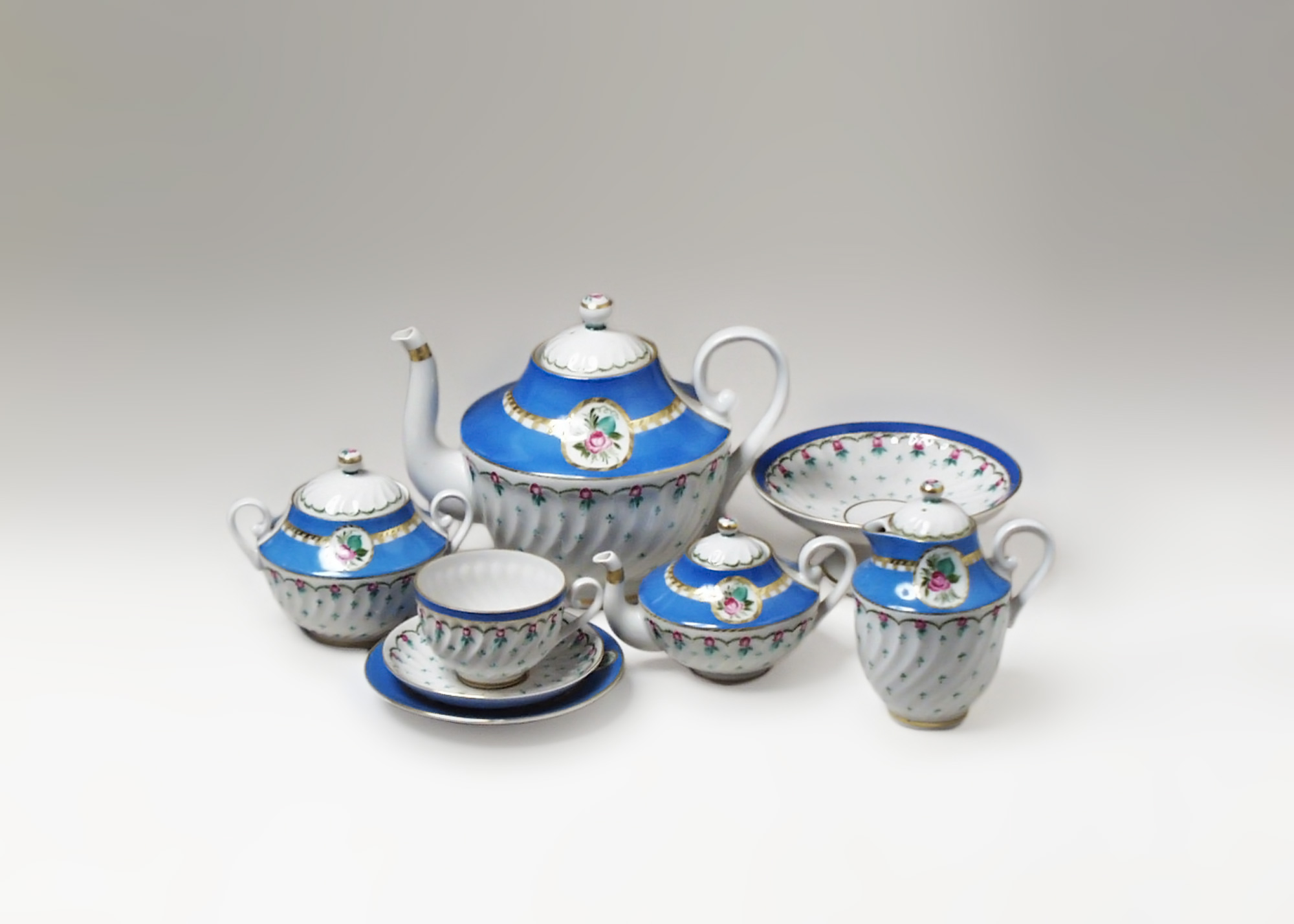 Buy Anastasia Tea Set, 23 piece at GoldenCockerel.com